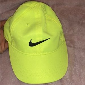 Brand New NIKE Toddler Neon Hat ' One Size